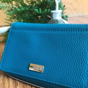 Thirty One Jewell wallet